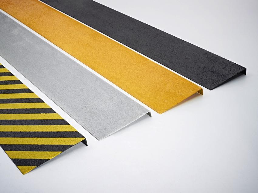XTRAGRIP: pannelli antiscivolo di vari colori per gradini