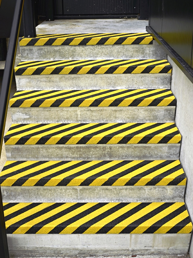 Pannelli antiscivolo preformati per gradini