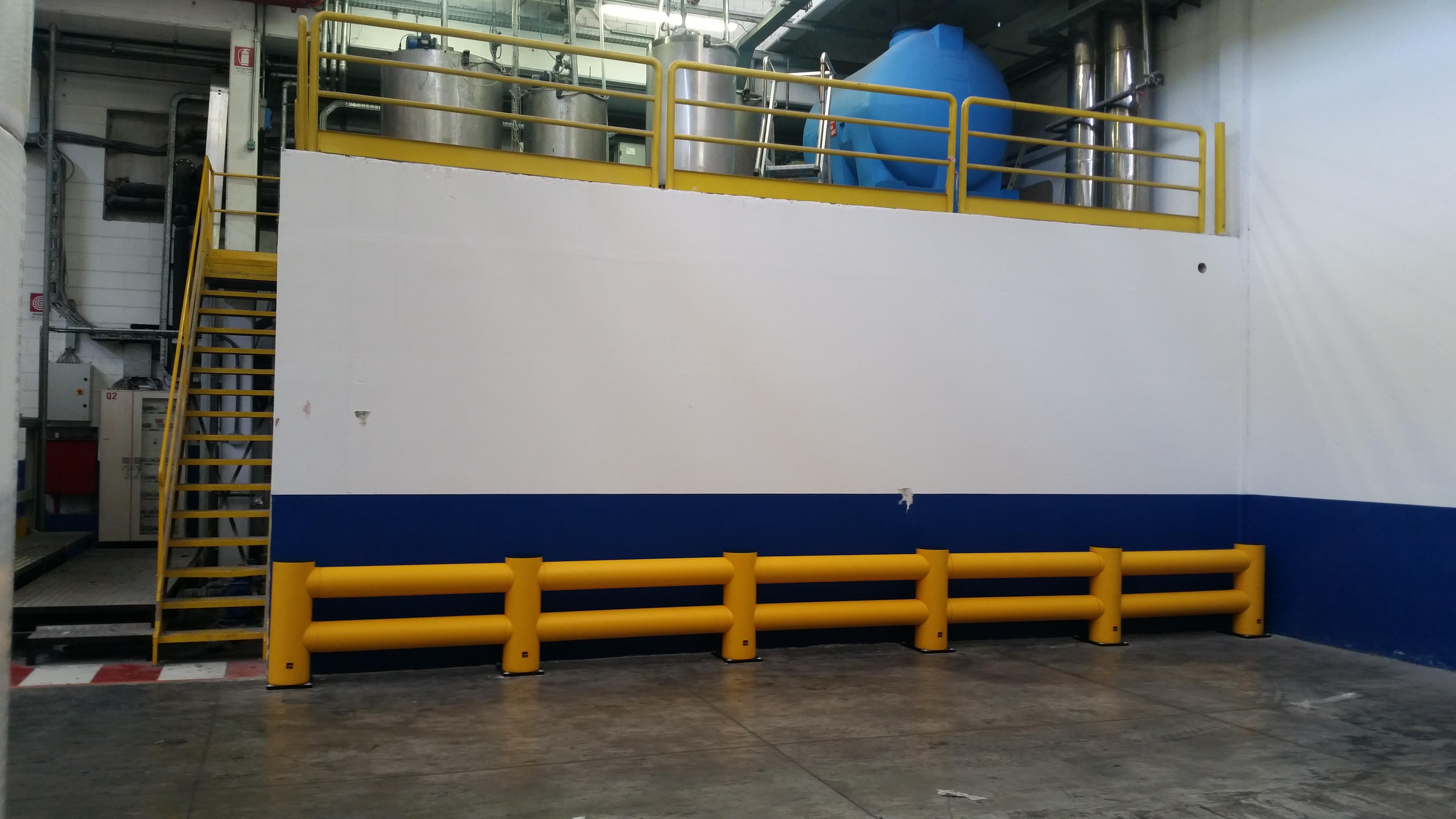Barriera di sicurezza a 2 correnti per urti estremi